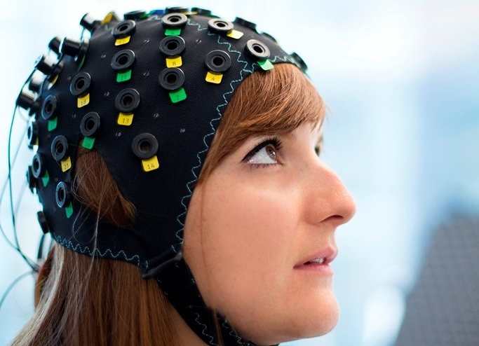 Brain-Reading Device Allows Locked-in Syndrome Patients To Communicate